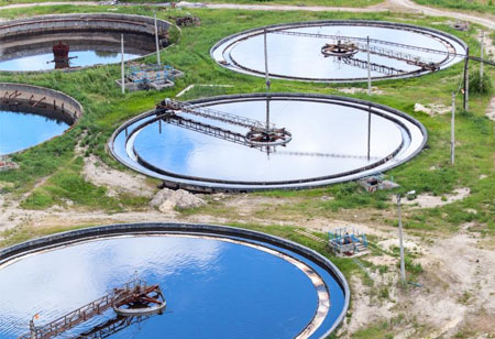 How Blockchain Mitigates Water Waste and Bolsters Management