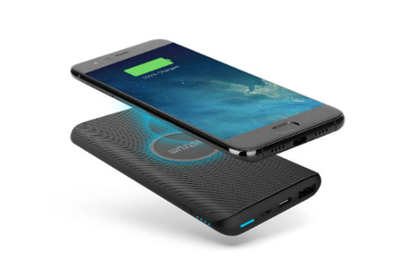 Affordable Wireless Charging Power Bank by Astrum